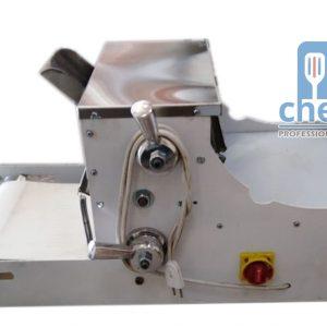 فرادة عجين مرحلتين - عرض القشاط 28 سم Electric Dough sheeter , Two stagesRoller width : 28 cm
