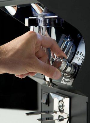 ماكنة طحن قهوة اسبرسو صناعيه Mythos 1 VICTORIA ARDUINO MYTHOS ONE BLACK COFFEE GRINDER