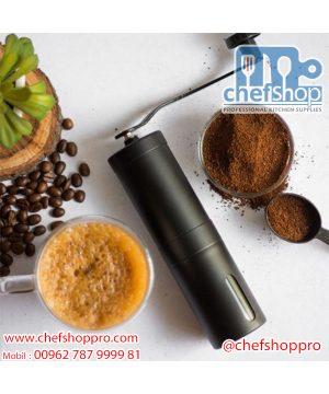 مطحنة قهوه يدويه / ستانلس - عامودية Manual coffee grinder: Ceramic coffee bean grinder